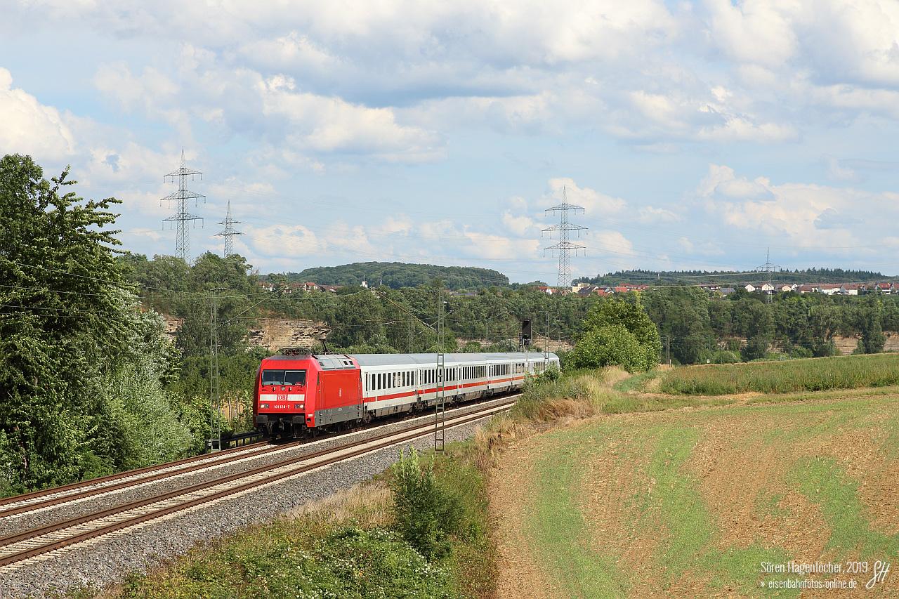 http://www.eisenbahnfotos-online.de/sichtungen/101128vr-210719-tln-1280.jpg