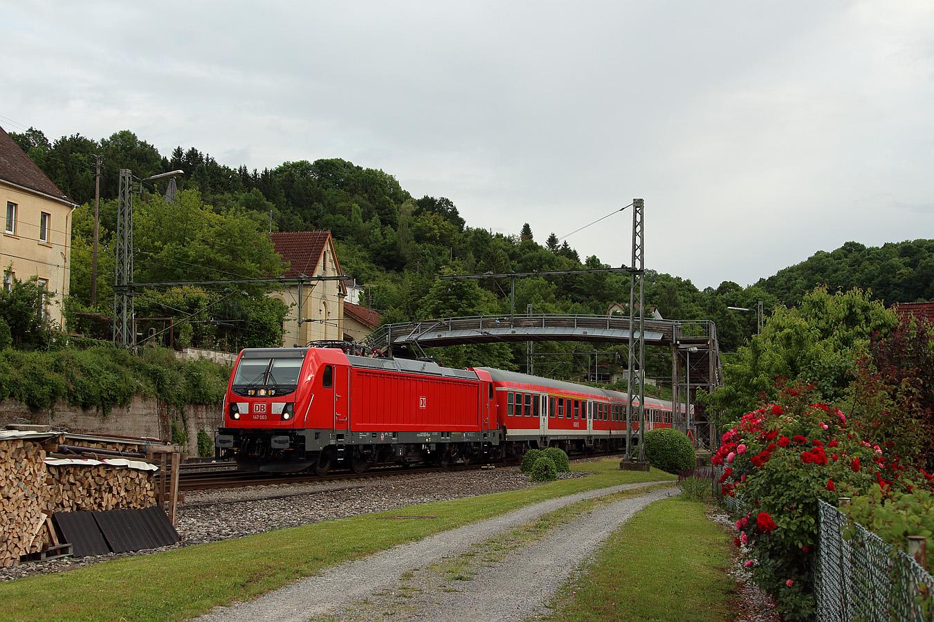 http://www.eisenbahnfotos-online.de/webspace/147003vr-090617-tzu-1350.jpg